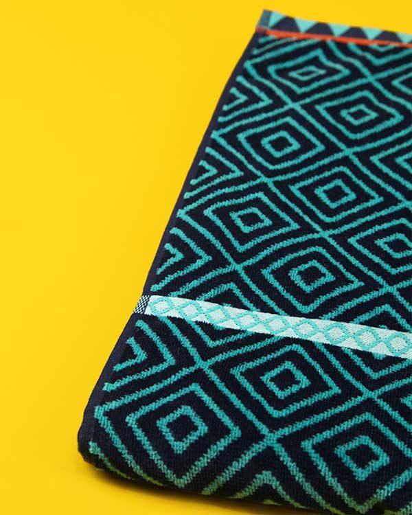 Tatu Printed Tropical Beach Towel
