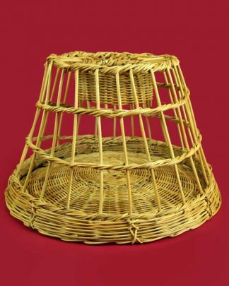 Woven rattan decorative lobster pot