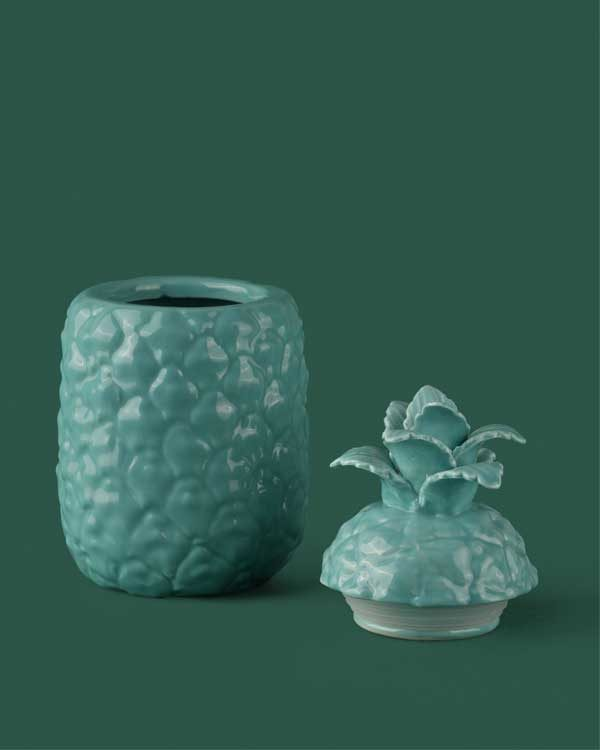 Pineapple ceramic drinking cup with straw holder in blue