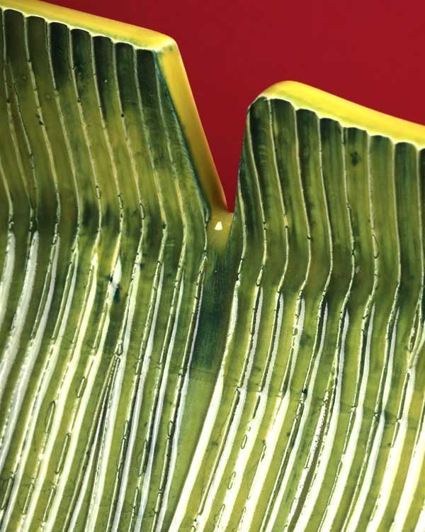 Tropical Leaf Shaped Ceramic Serving Dish Green