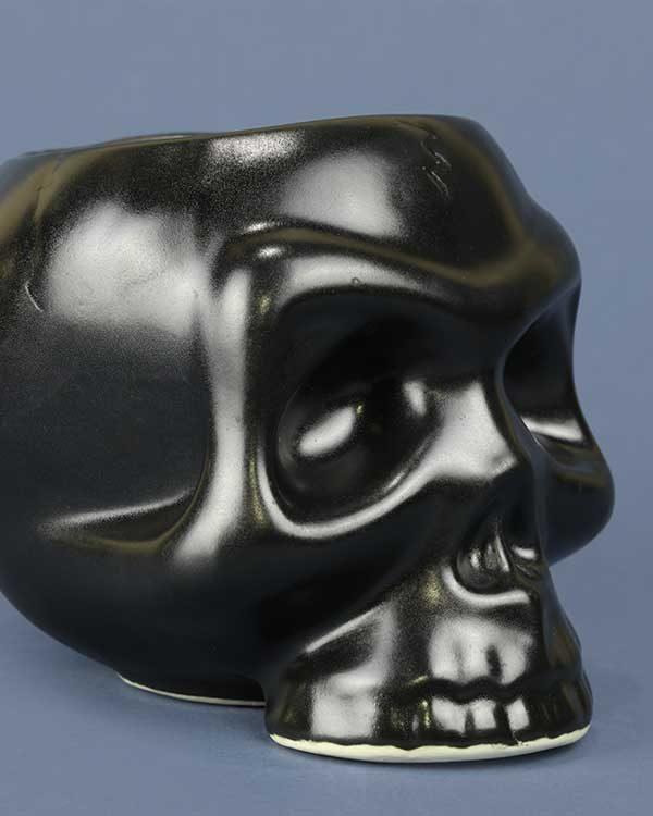 ceramic tiki mug skull in black