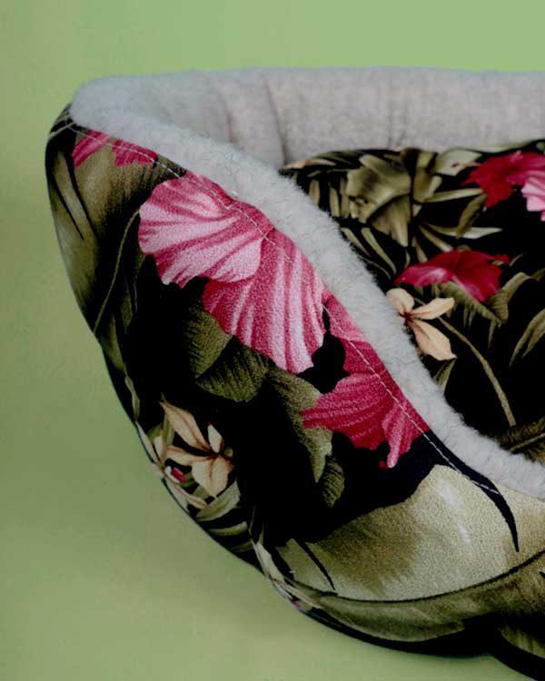 Tropical printed pet bed